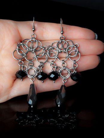 Długie kolczyki Enchantress czarne